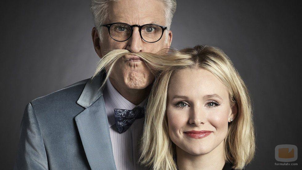 Eleanor y Michael en una de las fotos promocionales de la primera temporada de 'The Good Place'