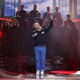 """Miquel Fernández interpreta """"I believe I can fly"""" de R. Kelly en la gala 18 de 'Tu cara me suena'"""