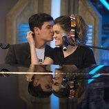 Alfred besa a Amaia tras interpretar