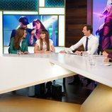 Ana Guerra y Aitana siendo entrevistadas en 'Hora Punta'