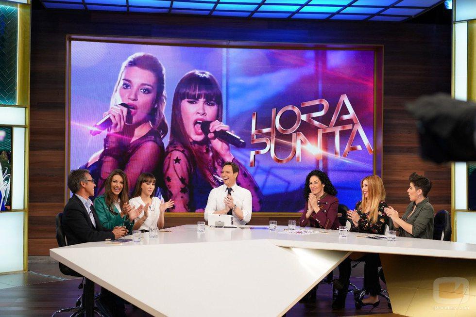 Los colaboradores entrevistan a Aitana y Ana Guerra en 'Hora Punta'