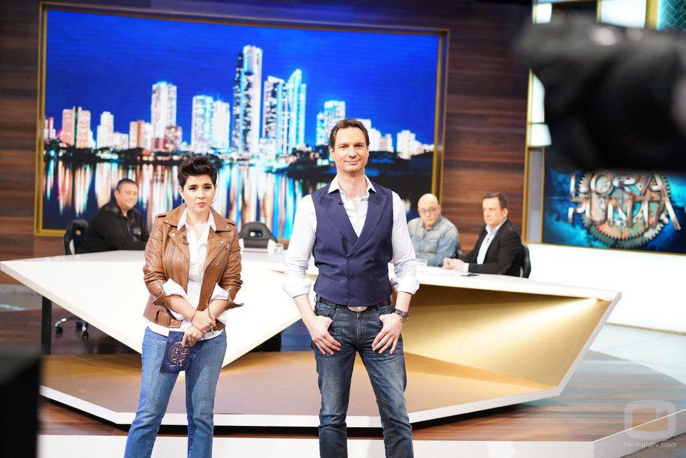 Javier Cárdenas y Alejandra Castelló, presentadores de 'Hora punta'