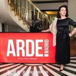 Debi Mazar posa para los medios caracterizada como Ava Gardner