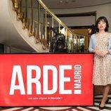 Anna Castillo posa para los medios caracterizada de Pilar, su personaje en 'Arde Madrid'