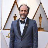 Luca Guadagnino posa en la alfombra roja de los Oscar 2018