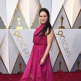 Daniela Vega posa en la alfombra roja de los Oscar 2018