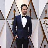 Lin-Manuel Miranda posa en la alfombra roja de los Oscar 2018