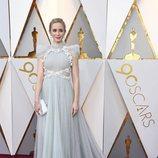 Emily Blunt posa en la alfombra roja de los Oscar 2018