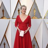 Meryl Streep posa en la alfombra roja de los Oscar 2018