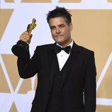 Sebastian Lelio posa con el Oscar a Mejor Película en Habla no Inglesa