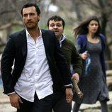 Mustafá, Rahmi y Fatmagül en la primera temporada de la telenovela turca 'Fatmagül'