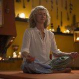 """Mercedes hace yoga en el capítulo """"Quiero ser libre"""" de la temporada 19 de 'Cuéntame cómo pasó'"""