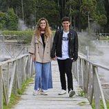 Amaia y Alfred pasean por las Azores cogidos de la mano durante la grabación de la postal eurovisiva