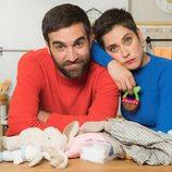 Carmen e Iñaki posan para la cuarta temporada de 'Allí abajo'