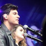 """Alfred y Amaia, al piano, cantan """"City of Stars"""" en La noche de Cadena 100"""