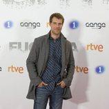 José Manuel Poga posa en la premiere de 'Fugitiva'