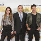"""Amaia y Alfred junto a Eladio Jareño en la premiere de """"Campeones"""""""