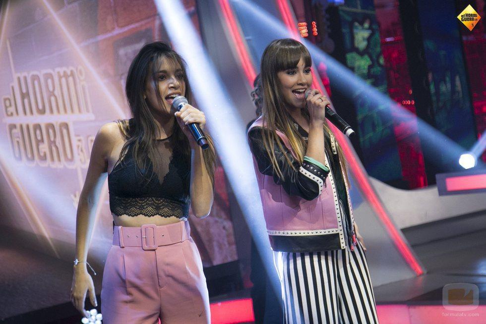 """Ana Guerra y Aitana cantan """"Lo malo"""" en 'El hormiguero'"""