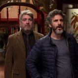 Óscar y Félix sorprendidos en un restaurante asiático en 'Félix'