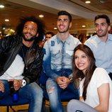 Ana Guerra junto a Marcelo, Asensio y Campazzo, jugadores del Real Madrid