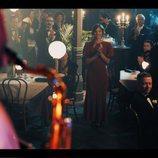 Michelle Jenner en una sala de fiestas en 'El Continental'