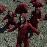 El miedo se apodera de rehenes y atracadores en el 1x03 de 'La Casa de Papel'