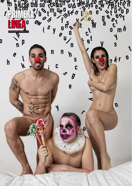 Cristian y Petra, concursantes de 'GH Revolution', desnudos junto a Torito para Primera Línea