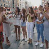 Las Muñoz aplaudiendo en la cuarta temporada de 'Los Gipsy Kings'