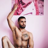 Juanjo Hernández, concursante de 'Fama 3', posa semidesnudo en la cama