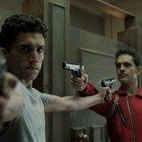 Denver y Berlín se enfrentan en el 1x07 de 'La Casa de Papel'