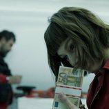 Moscú y Tokio es una de las cámaras que guardan los billetes en el 1x06 de 'La Casa de Papel'