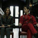 Raquel y Berlín reciben a los rehenes en el 1x07 de 'La Casa de Papel'