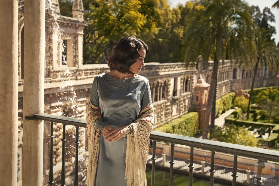 Macarena García caracterizada como su personaje Manuela en 'La otra mirada'