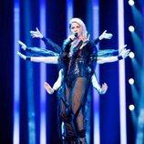 La representante de Eslovenia, Lea Sirk, en su primer ensayo de Eurovisión 2018