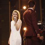 Amaia mira a Alfred en su primer ensayo de Eurovisión 2018