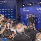 Medios internacionales fotografían a Amaia y Alfred en su primera rueda de prensa en Eurovisión 2018