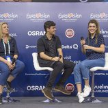 Amaia, sonriente en la primera rueda de España en Eurovisión 2018