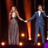 Amaia y Alfred, cogidos de la mano durante su segundo ensayo sobre el escenario de Eurovisión 2018