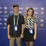 Alfred y Amaia posan en el photocall de Eurovisión 2018 minutos antes de ofrecer una rueda de prensa