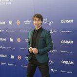 Alexander Rybak, representante de Noruega, en la 'blue carpet' de Eurovisión 2018