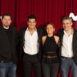 Mario Casas, Ramón Campos, Teresa Fernández-Valdés y Domingo Corral posan en la presentación de 'Instinto'