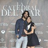 Aitor Luna y Michelle Jenneren la presentación de 'La catedral del mar'