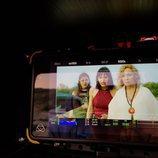 Irene Arcos y Cecilia Roth en el rodaje de 'El embarcadero'