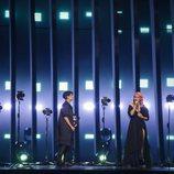 Cláudia Pascoal e Isaura (Portugal) en la Final de Eurovisión 2018