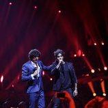 Ermal Meta y Fabrizio Moro (Italia) en la Final de Eurovisión 2018