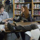 Tyler y Mackenzie se dan la mano en la segunda temporada de 'Por 13 razones'