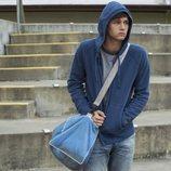Justin con la capucha puesta en la segunda temporada de 'Por 13 razones'
