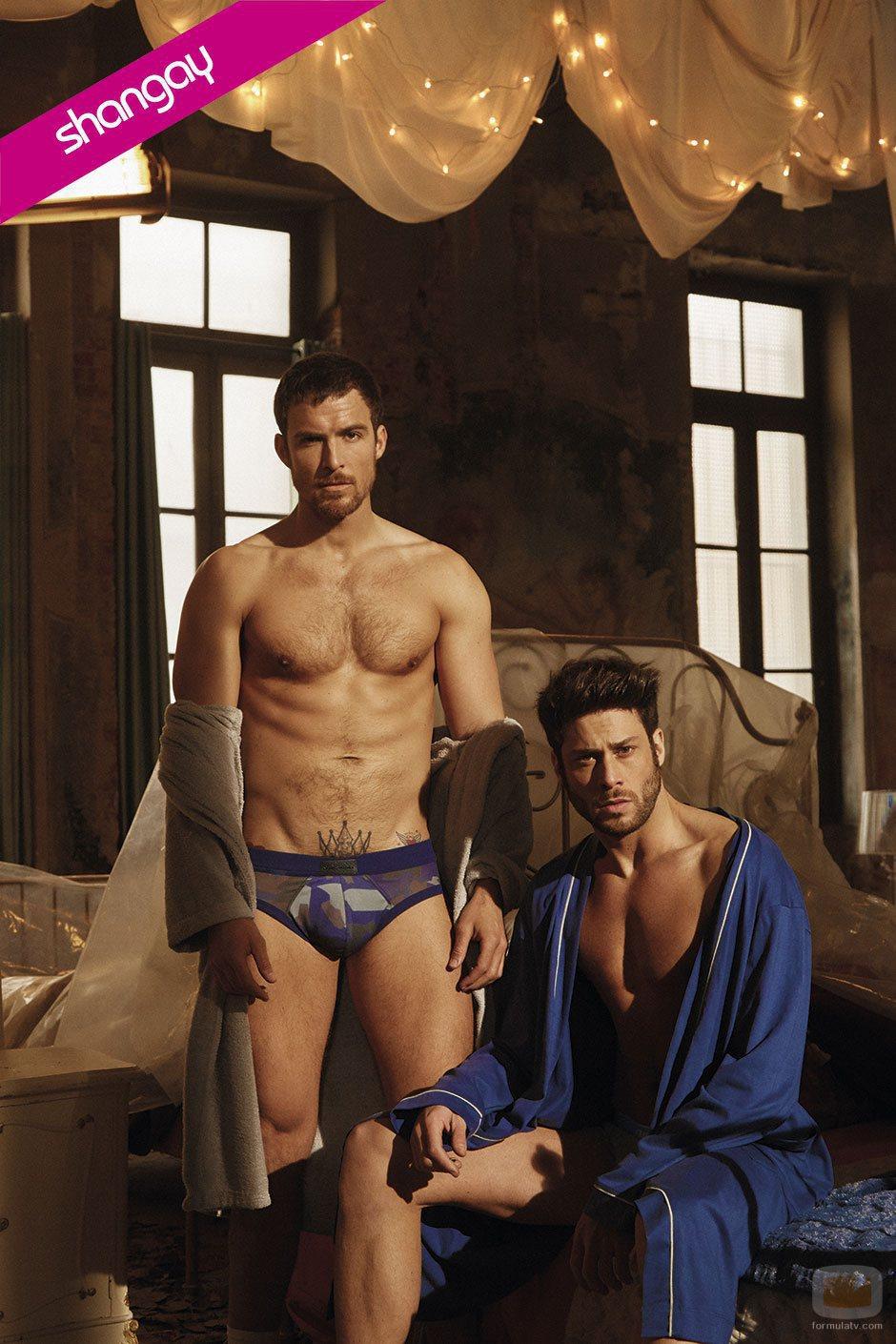 Mario Plágaro y José Lamuño, posan semidesnudos para la revista Shangay
