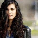 Tuba Büyüküstün es la protagonista de la telenovela turca 'Amor de contrabando'