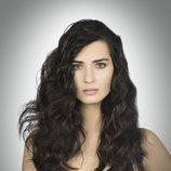 Tuba Büyüküstün es la protagonista de 'Amor de contrabando', telenovela turca de éxito internacional